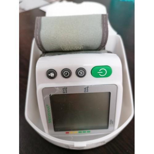 НЕРАБОТЕЩ Апарат за измерване на кръвно налягане за китка