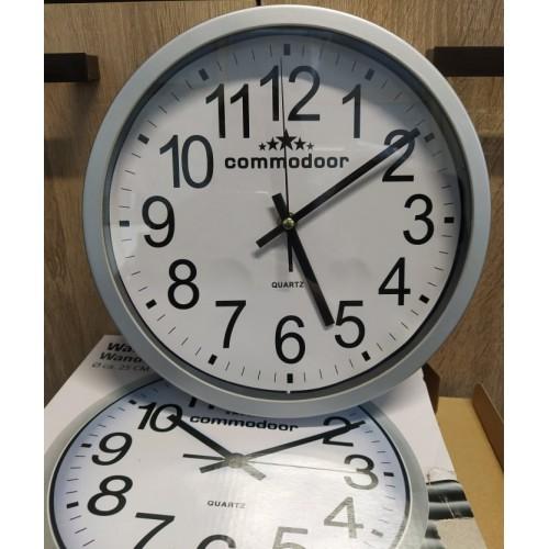 Стенен часовник Commodoor