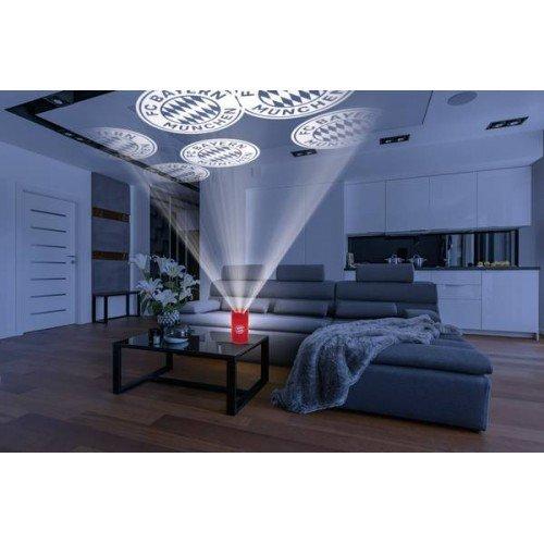 LED прожектор тип свещ проектира лого на Байерн Мюнхен